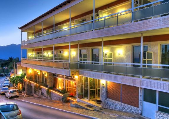 ZEUS HOTEL IN  DELPHI
