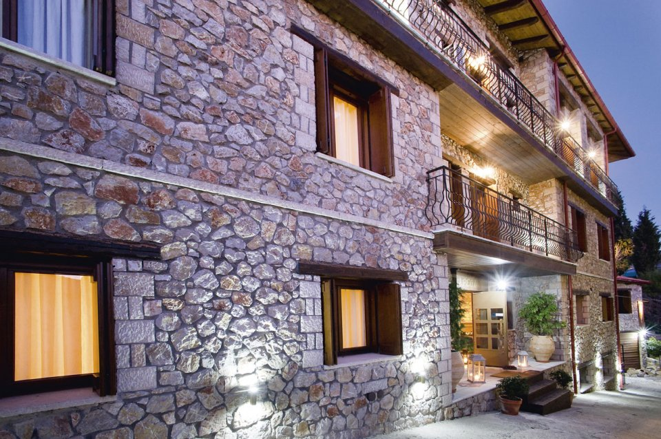 IRESIONI GUESTHOUSE  HOTELS IN  Arachova VIOTIA CENTRAL GREECE